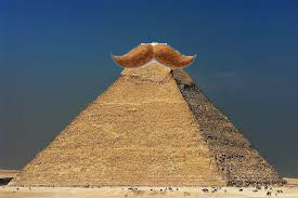 pyramid tache
